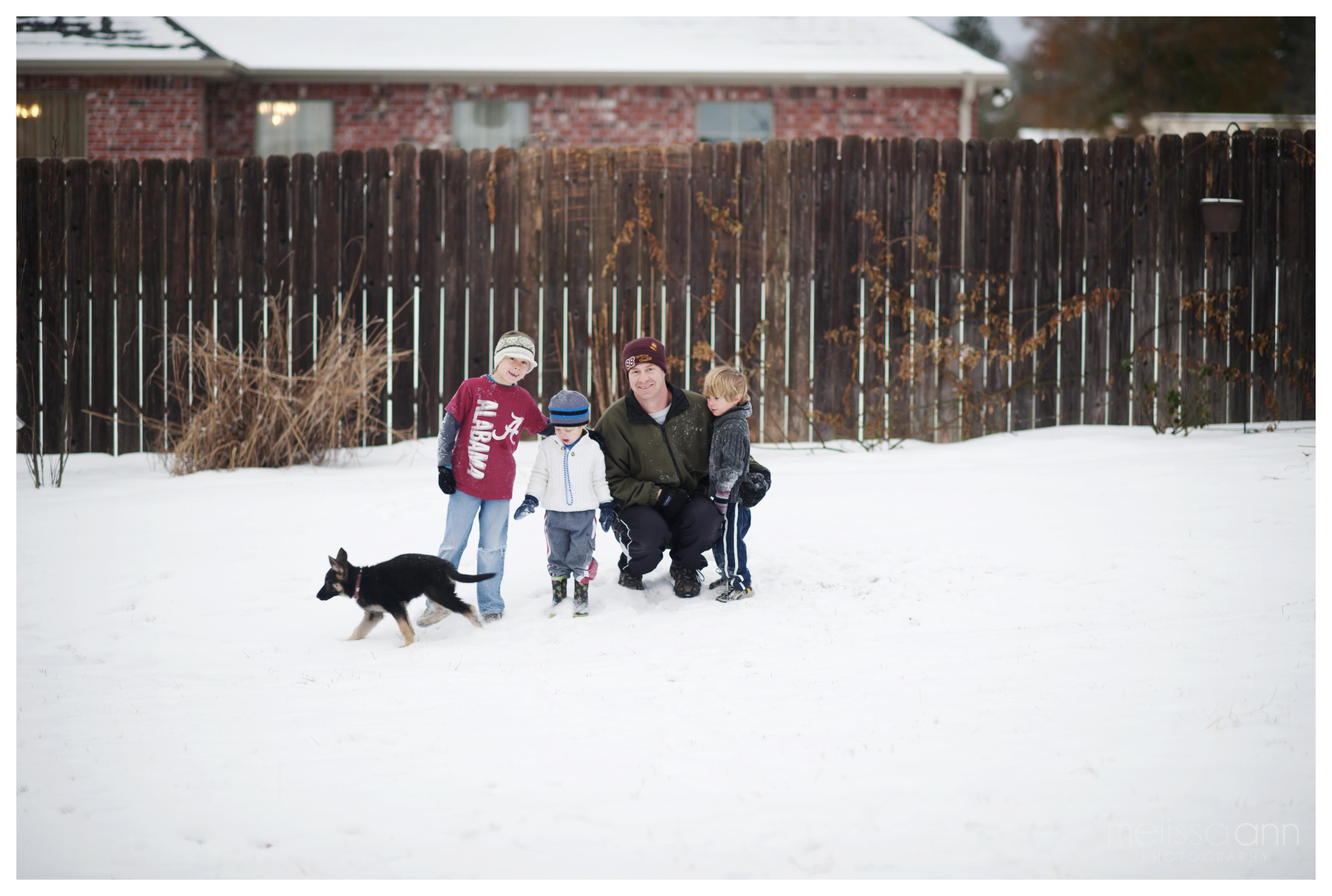 Longview-Family-Snow Day-Photo